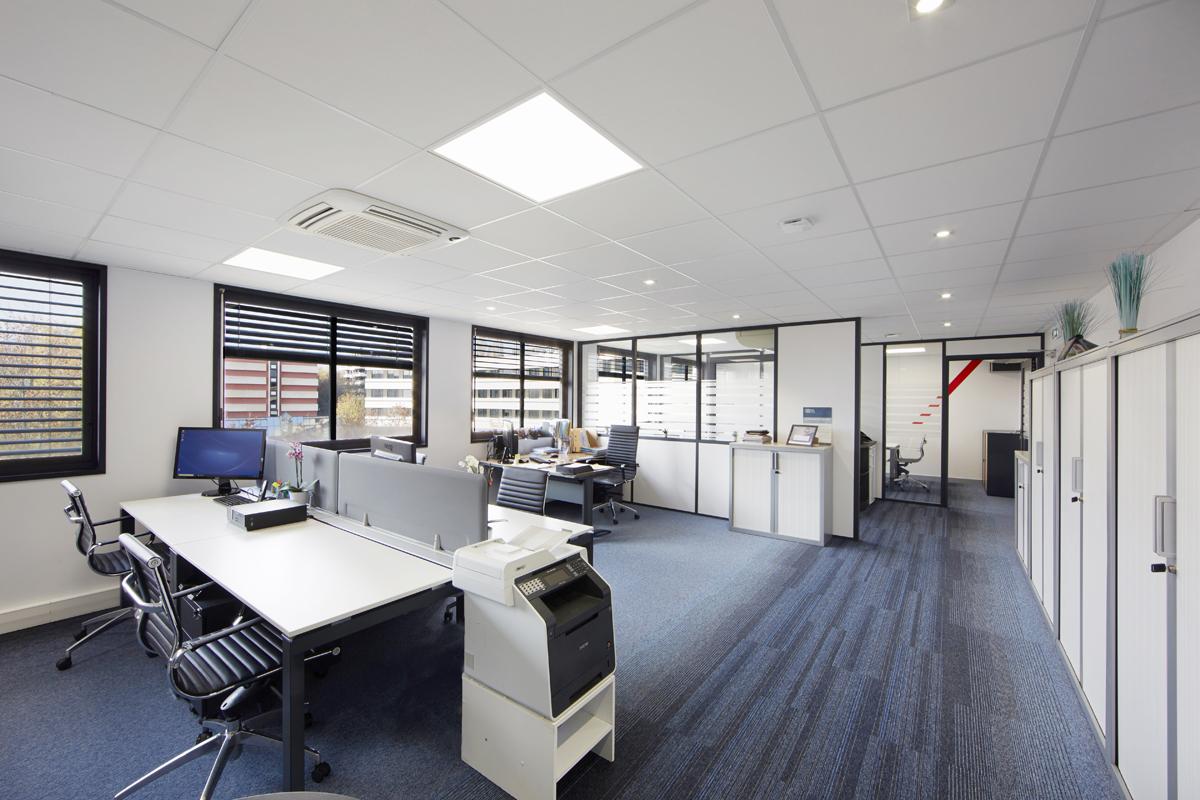 rénovation totale de bureaux dans l'Ain - Copernic - architecture d'intérieur