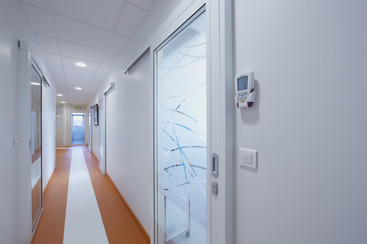 décoration des circulations d'un cabinet dentaire - Copernic - architecture d'intérieur
